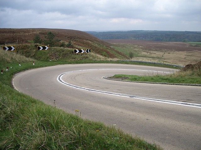 Steep hairpin bend at Saltergate