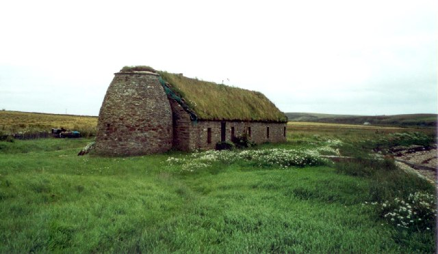 Turf-roofed longhouse, Dam of Hoxa, South Ronaldsay