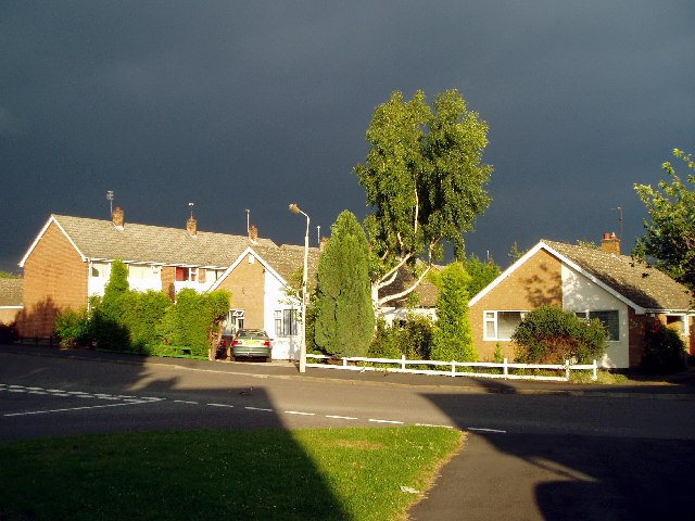 Holywell Drive, Loughborough, before a hailstorm