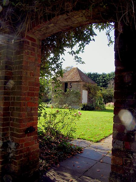 Garden at the Church in Chaddleworth
