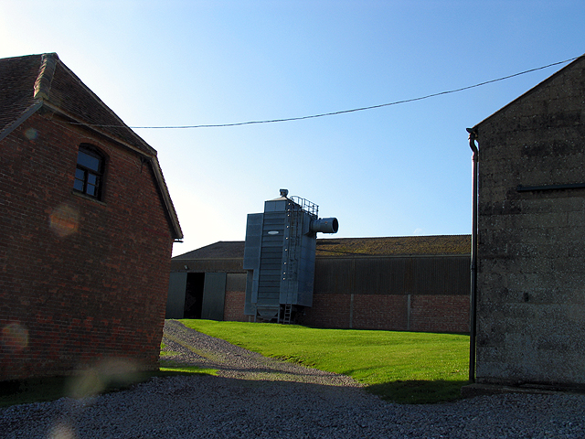 Farm Buildings near Peasemore