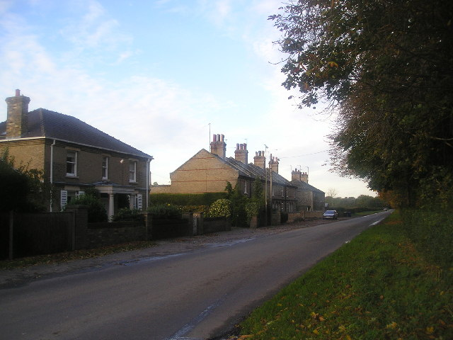 Cotton End Road