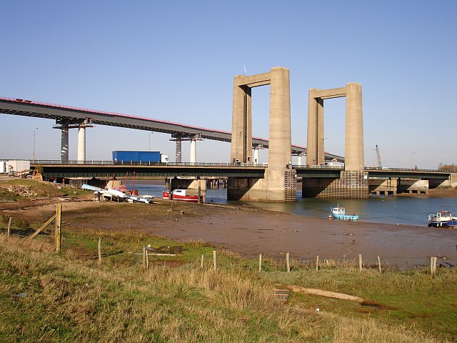 New and old bridges across the Swale