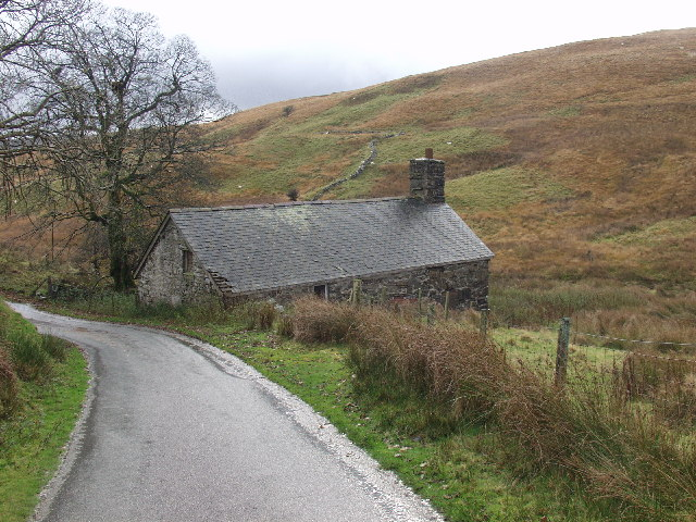 Farm buildings in the Eunant Fawr