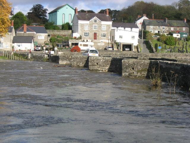 Llechryd Bridge (during flood)