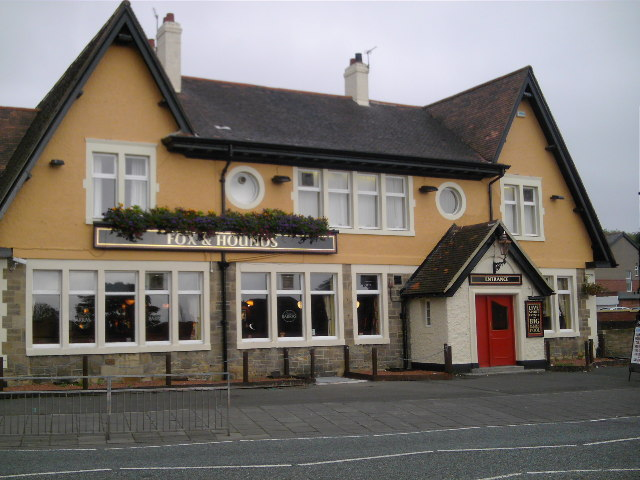 Fox and Hounds Public House, West Road