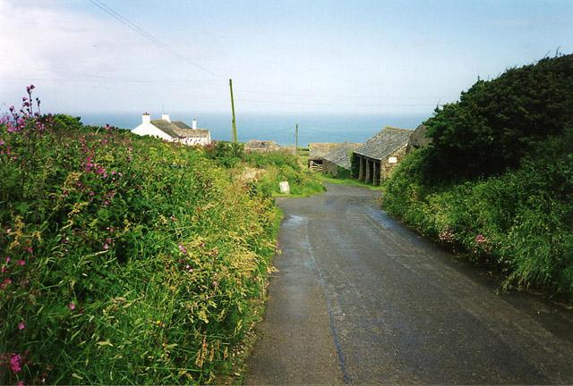 St Teath: lane to Tregardock