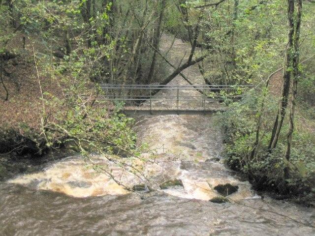 Footbridge over the Loughor at Glynhir Mill