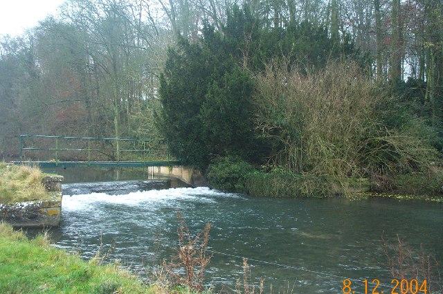 River Coln: Weir near Bibury