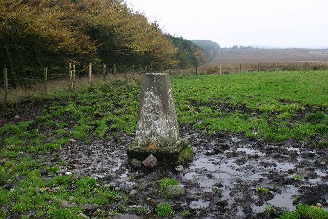 Hill of Aldie trig