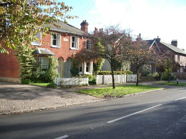 Houses in Castle Grove Road, Chobham