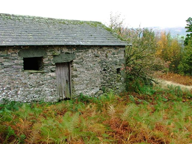 Barn Below Auterstone Crag