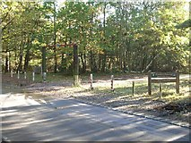 SU9963 : Chobham Common: entrance to Fishpond car park by Andrew Longton