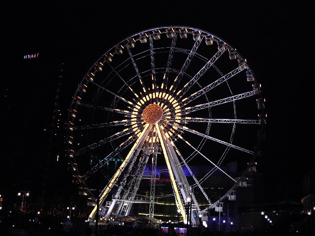 Birmingham Wheel and Hyatt hotel