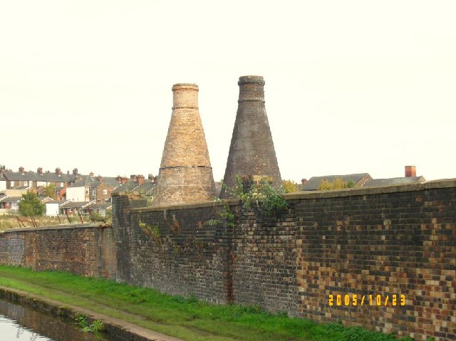 Bottle kilns next to Caldon Canal in Hanley