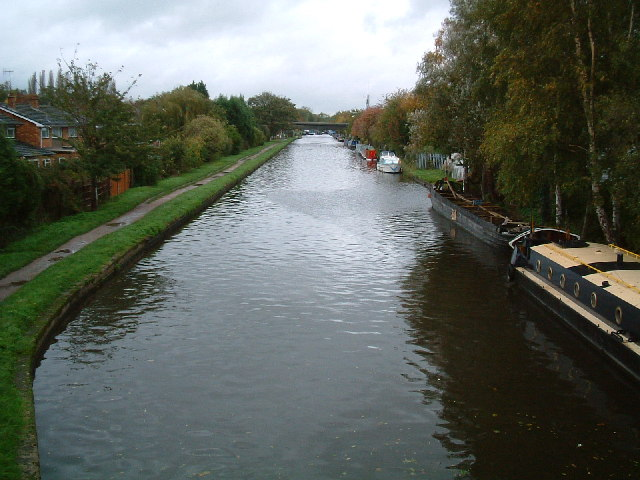 Grand Union Canal from Cowley Mill Road