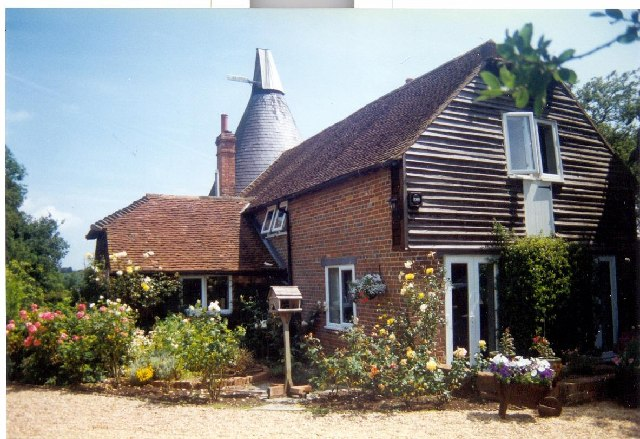 Marle Green Oast House, Near Horam, E Sussex