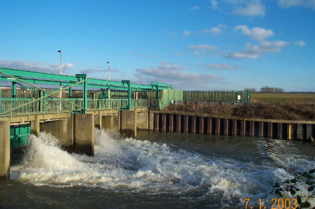 River Lee Flood Relief Channel: Newmans Sluices
