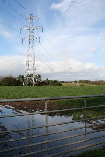 Kentisbeare: overhead transmission line