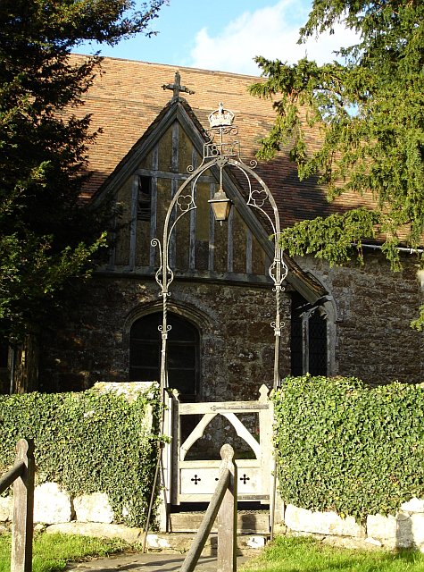 Lantern gate at Boughton Malherbe church