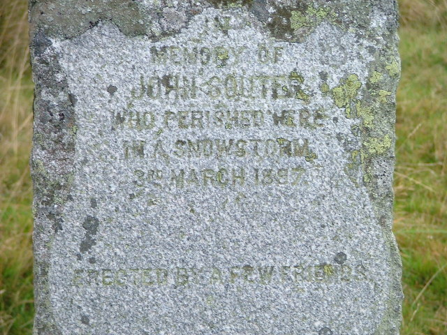 Close up of Memorial on A924