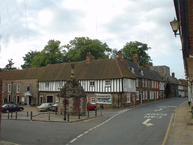 Little Walsingham, village pump