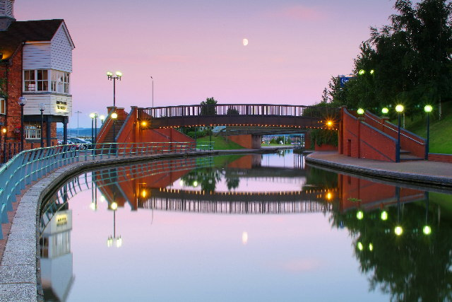 Waterfront, Merry Hill