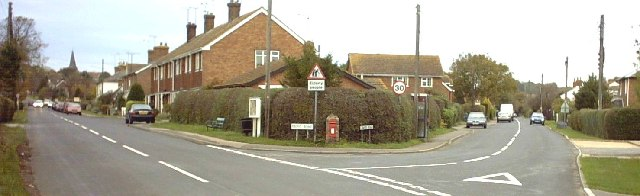 Front Road and Lower Road, Woodchurch