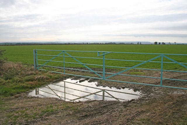 Farmland near Garthorpe