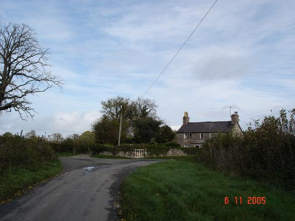 Lone cottage near Henllan
