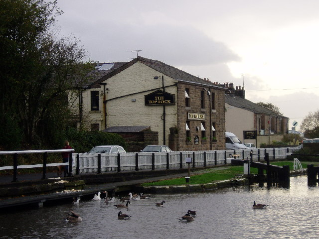 The Top Lock pub - Johnson Hillock
