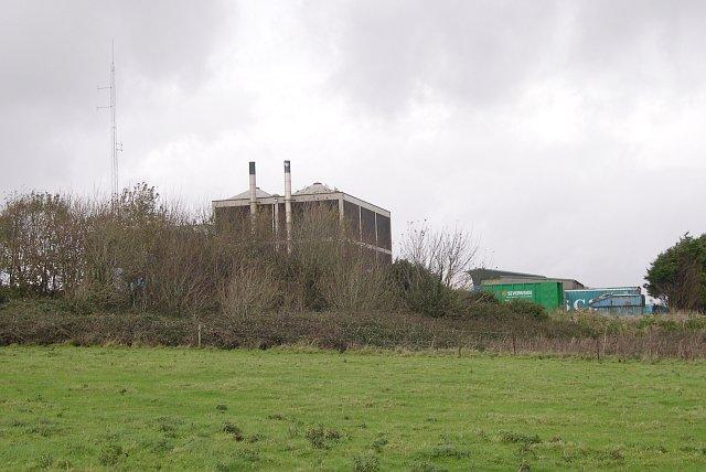 Small Industrial Unit in Farmland