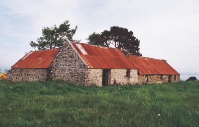 Old croft buildings above Redburn