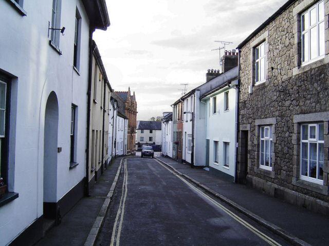 A quiet street in Moretonhampstead