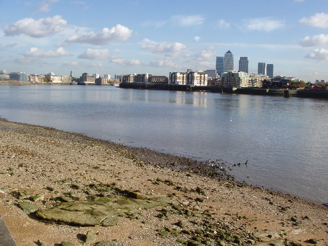 Low tide at Wapping