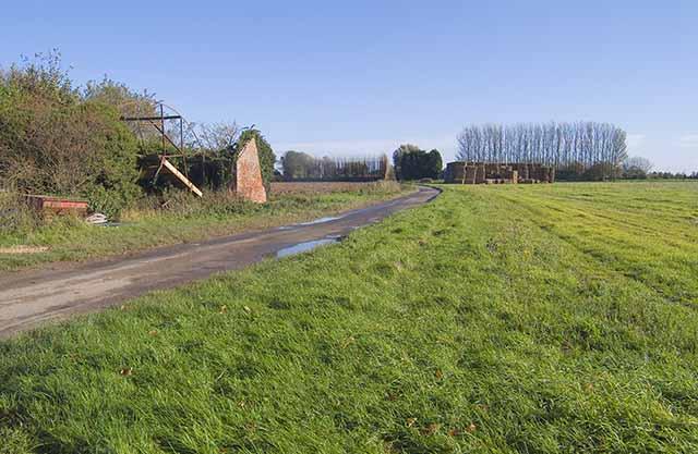 Derelict farm building off Little Lane
