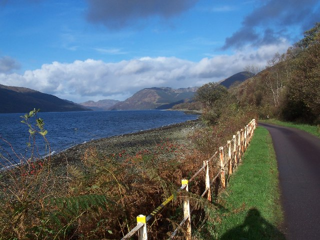 Road up Loch Striven
