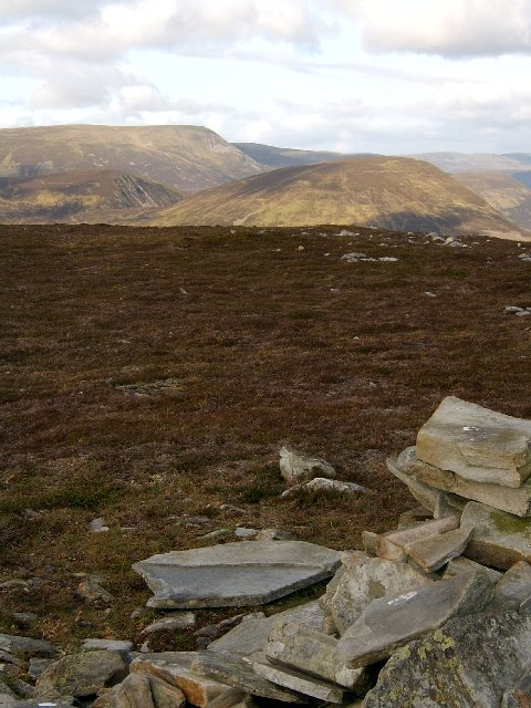 Cairn, Meall na Leitreach