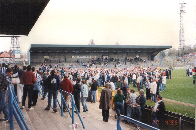 Hove: The Goldstone Ground