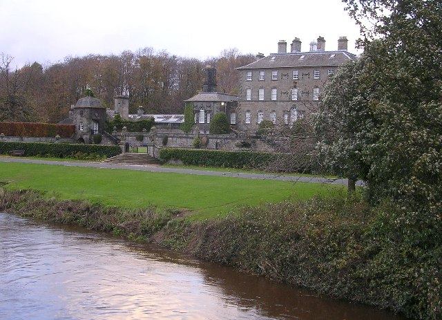 Pollok House and White Cart Water