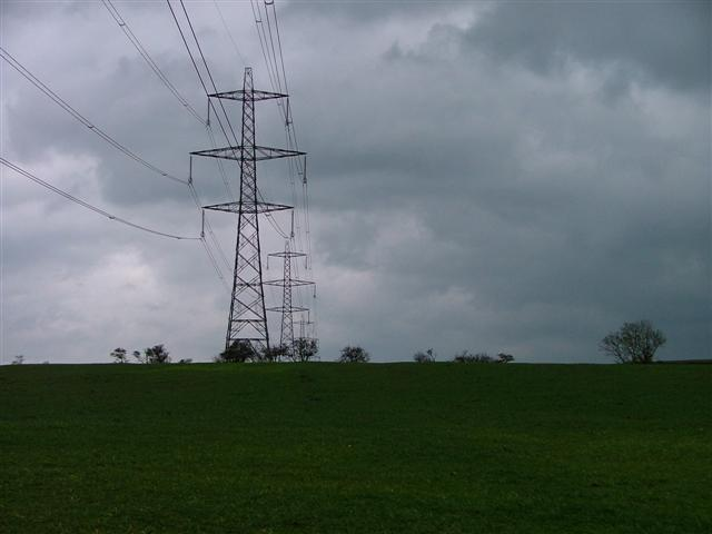 Pylons north of Boy Hill