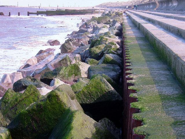 Sea wall at Cart Gap