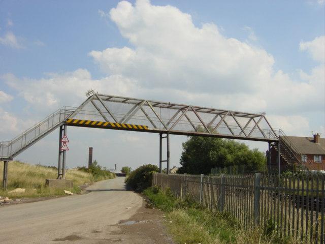 Footbridge, Lingham Lane, Moreton