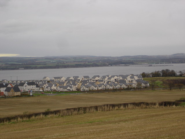 New housing estate on edge of Bo'ness