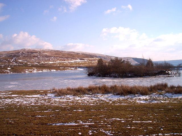 Llyn Cefn Golau in winter