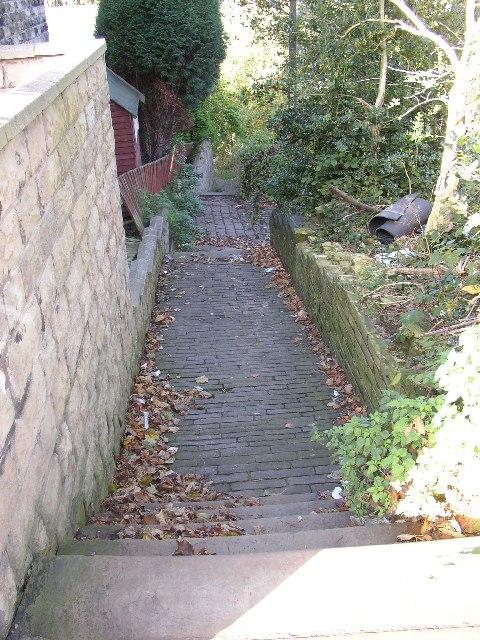 Footpath off Crowtrees Lane, Rastrick