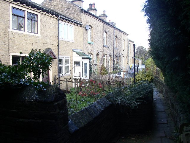 Tofts Grove Place, Rastrick