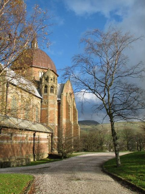 Giggleswick School chapel looking East