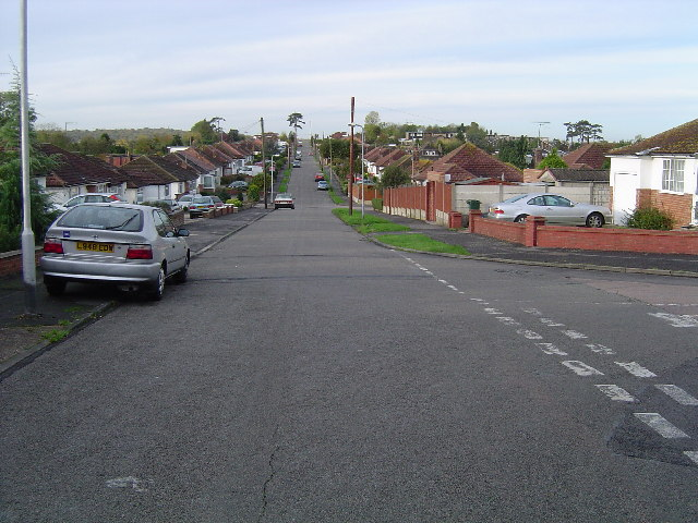 Carpenders Park: Greenfield Avenue