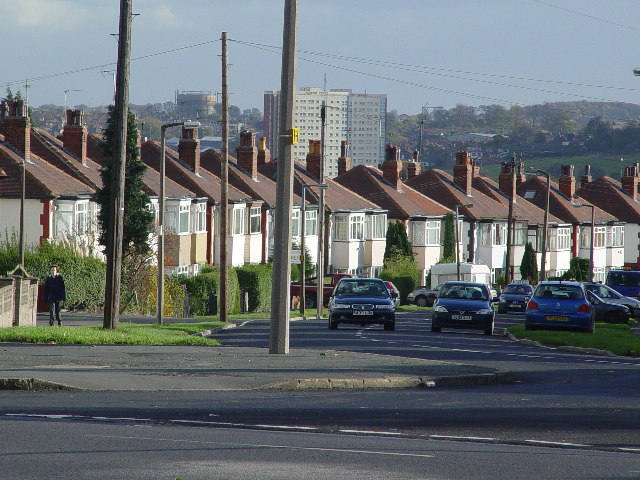 Amberton Road - more semi-detached houses